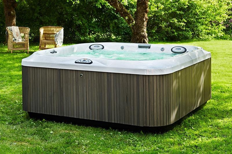 jacuzzi-hot-tub-lawn-install-maryland-pennsylvania