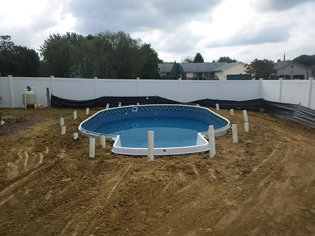 Radiant-Pools---in-Ground-Pool-Installation-min