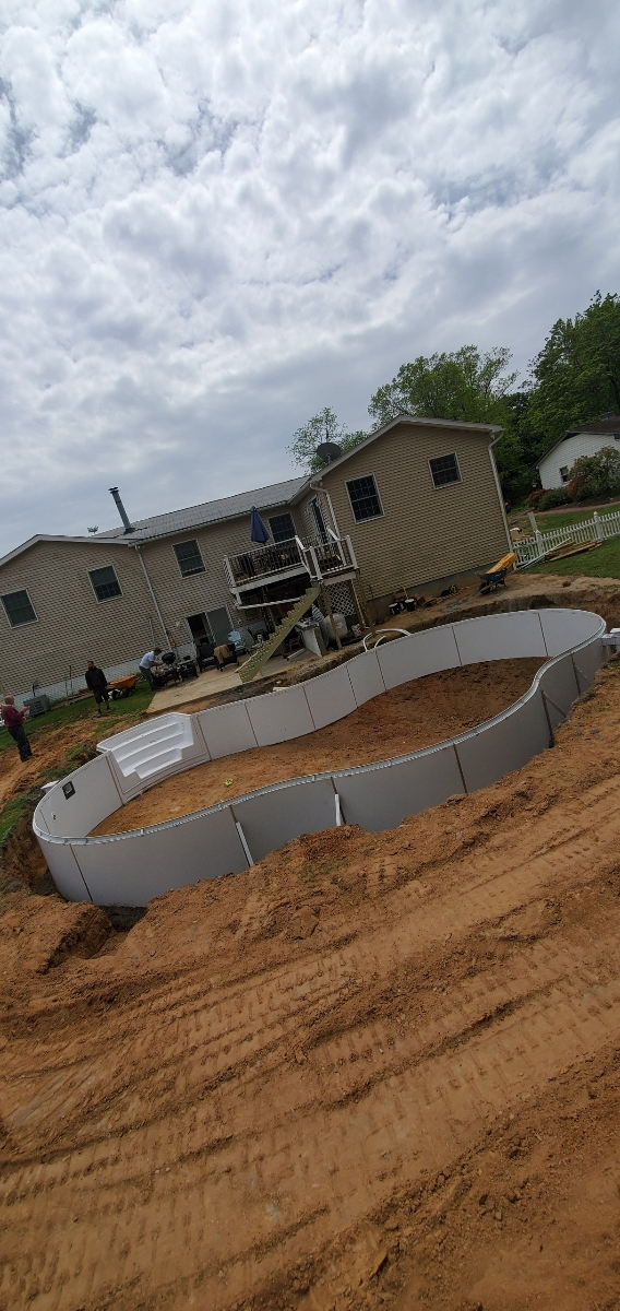 Custom pool construction Reisterstown, MD